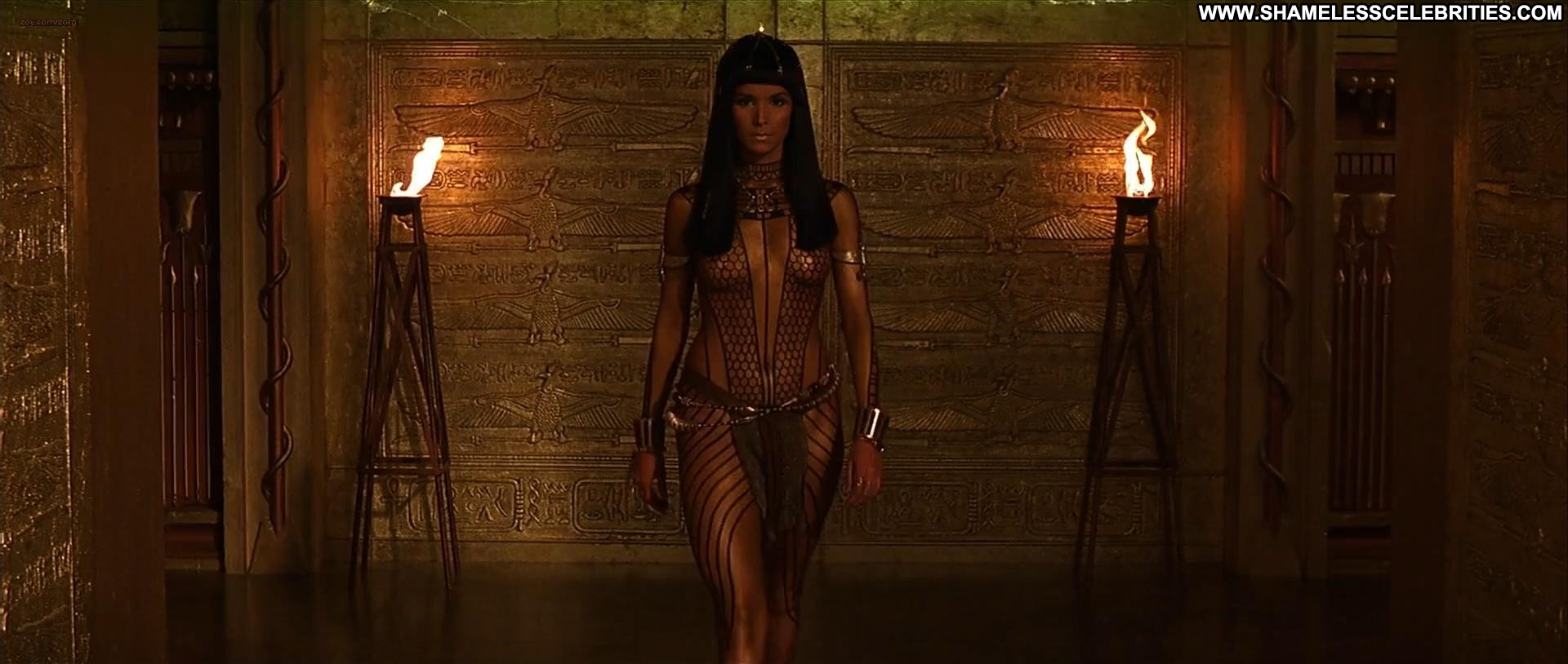velasquez the mummy celebrity nice nude wet hot posing hot movie 3