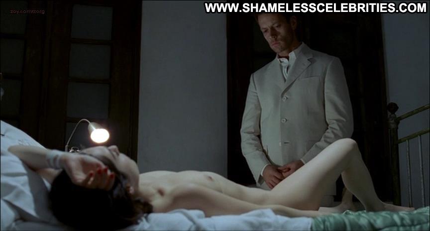 Amira casar anatomie de l enfer 7