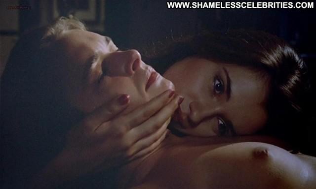 Florence Guerin La Bonne Sex Celebrity See Through Big Tits Shower