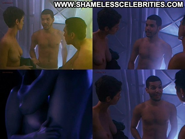 Robin Tunney Supernova Nude Posing Hot Celebrity Topless