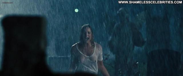 Abbie Cornish Seven Psychopaths Wet Boobs Hot Topless Posing Hot See