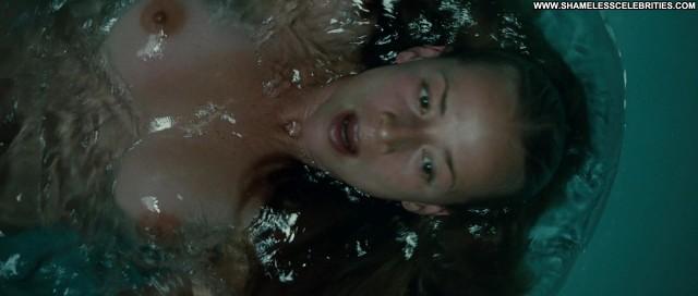 Karine Vanasse Switch Shower Topless Posing Hot Babe Nude