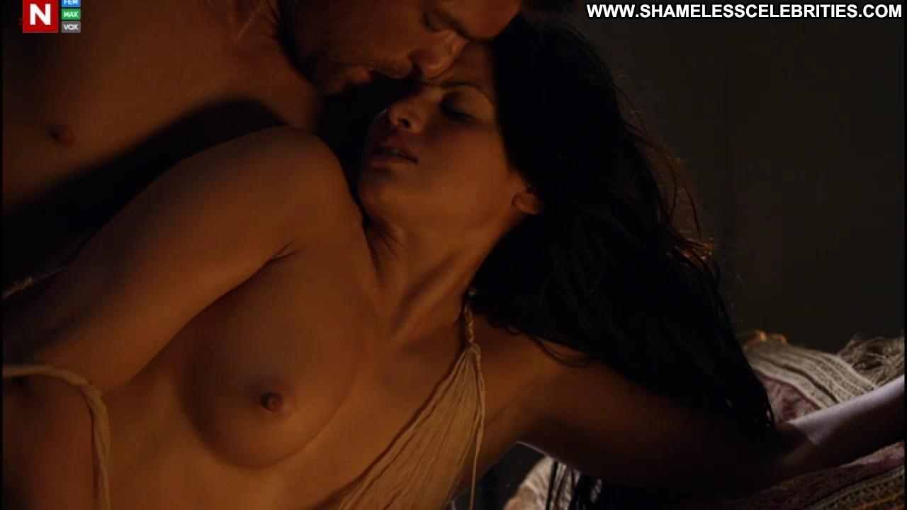 Bonnie Sveen Katrina Law Viva Bianca Spartacus Vengeance Celebrity ...