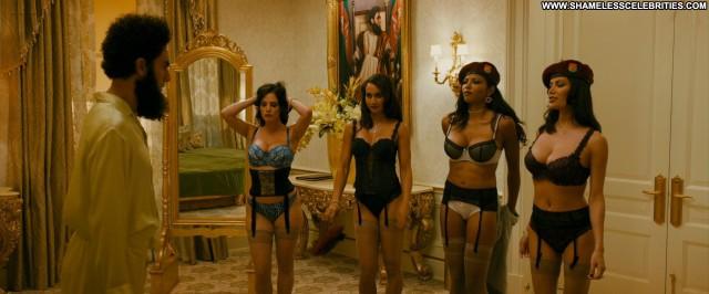 Anna Faris The Dictator Black Hot Big Tits Boobs Posing Hot Celebrity