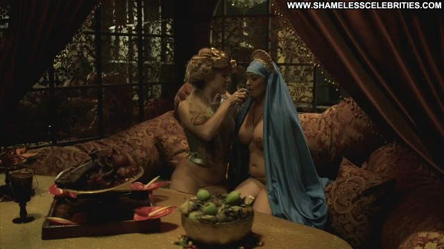 Lara Pulver Da Vincis Demons Posing Hot Celebrity Nude Wet Hot
