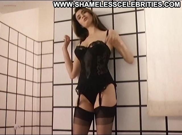 Antonietta Di Vizia Dial Help Posing Hot Celebrity Babe Hot Female Hd