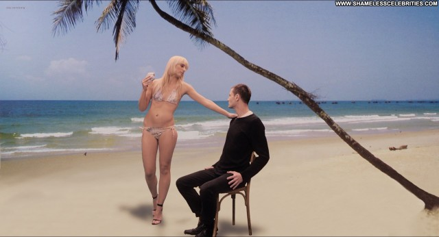 Rs Nude Posing Hot Nude Celebrity Celebrity