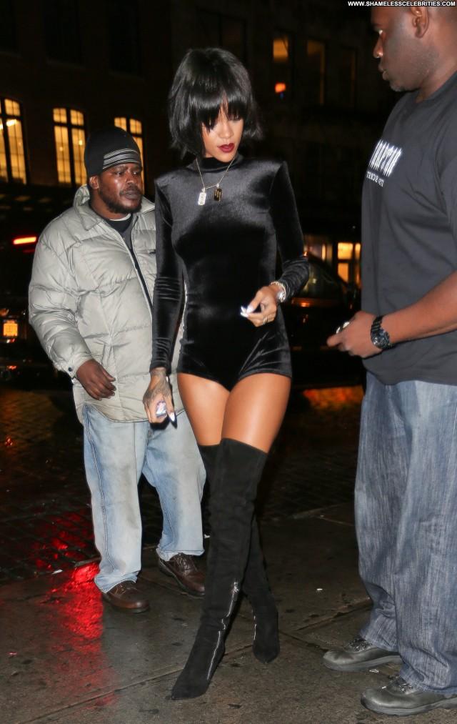 Rihanna No Source Babe Posing Hot Nyc Celebrity Beautiful Party High
