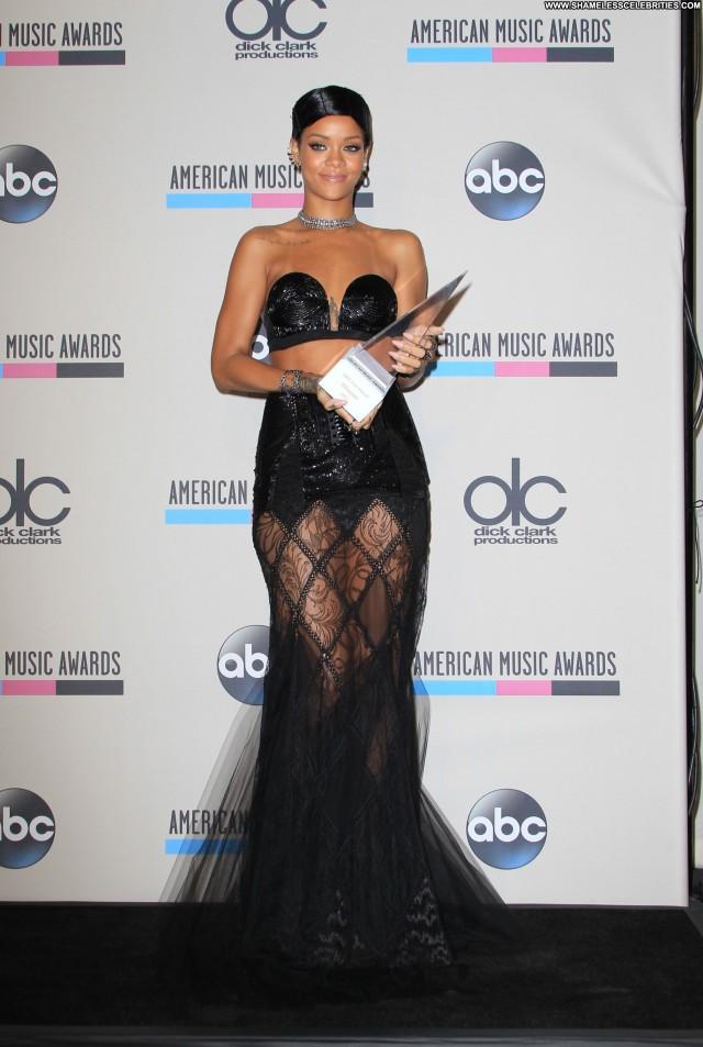 Rihanna American Music Awards Posing Hot Awards Los Angeles Beautiful