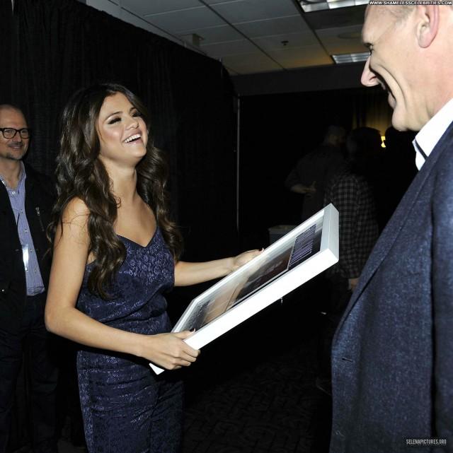 Selena Gomez Celebrity Posing Hot Beautiful Hollywood Babe High