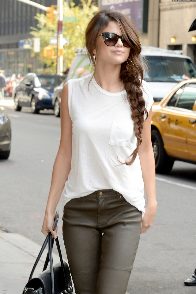 Selena Gomez Late Show With David Letterman Candids Beautiful High
