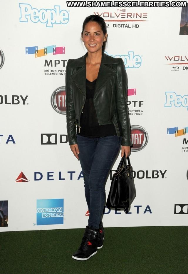 Olivia Munn Celebrity High Resolution Beautiful Posing Hot Hollywood