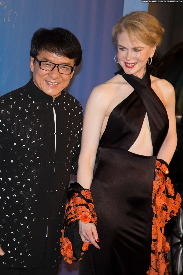 Nicole Kidman Pride Of Britain Awards London Posing Hot China Bikini
