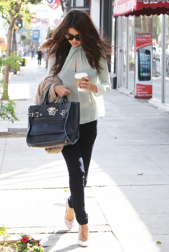Selena Gomez Los Angeles Candids Beautiful Babe Celebrity Posing Hot