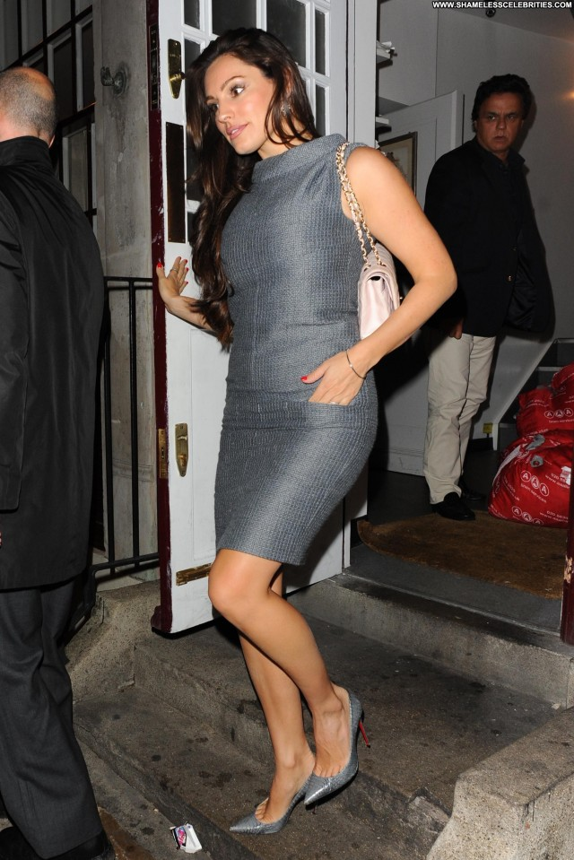 Kelly Brook No Source High Resolution Celebrity Candids Babe Posing