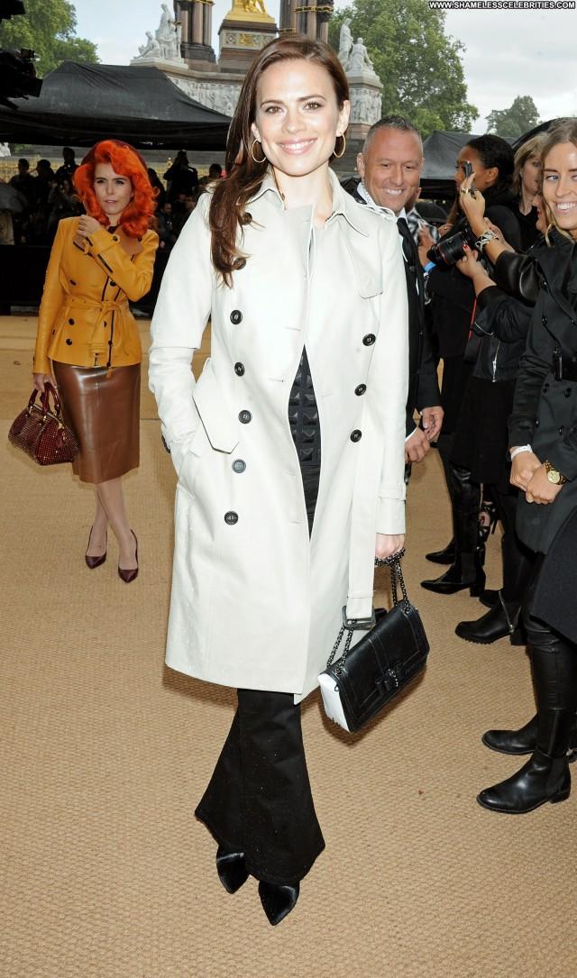 Hayley Atwell Fashion Show Babe Posing Hot Beautiful Celebrity