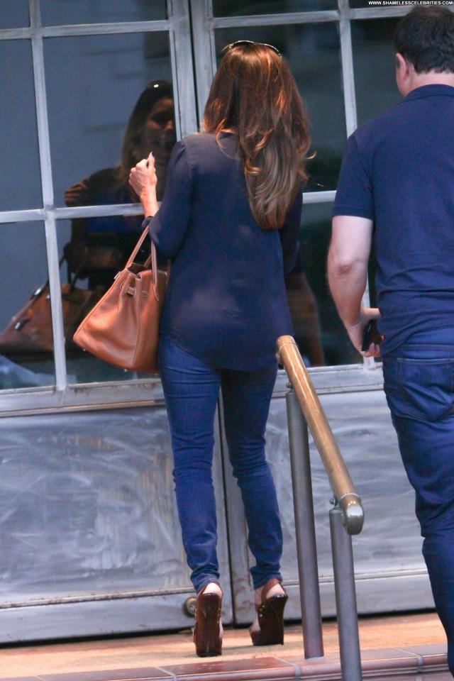 Eva Longoria No Source High Resolution Babe Posing Hot Restaurant