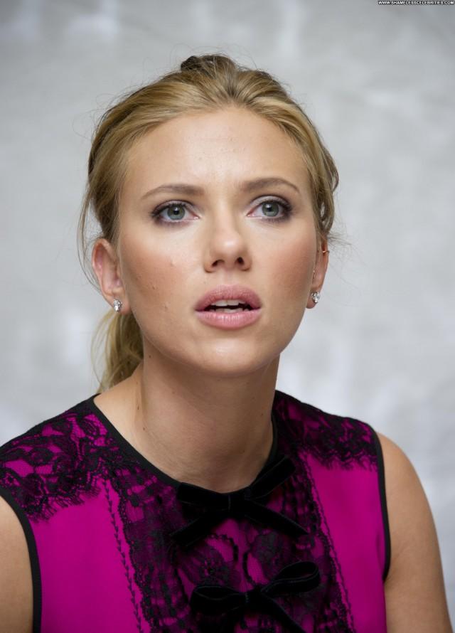Scarlett Johansson Portraits High Resolution Babe Posing Hot
