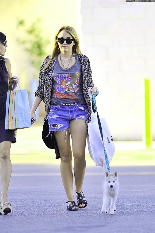 Miley Cyrus Studio City High Resolution Babe Celebrity Beautiful