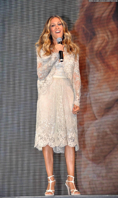 Sarah Jessica Parker No Source Celebrity Posing Hot Babe
