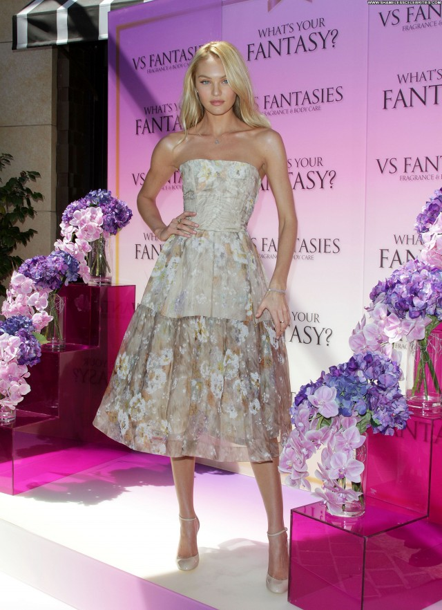 Candice Swanepoel Los Angeles Posing Hot Beautiful Celebrity Babe
