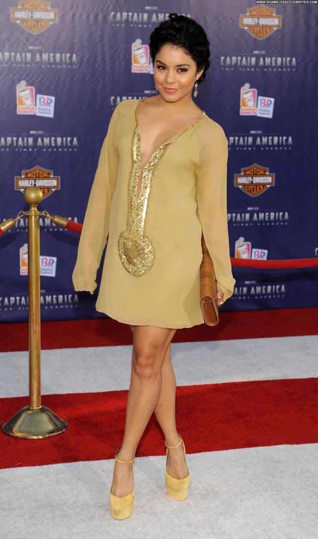 Vanessa Hudgens In America High Resolution Posing Hot Celebrity Babe