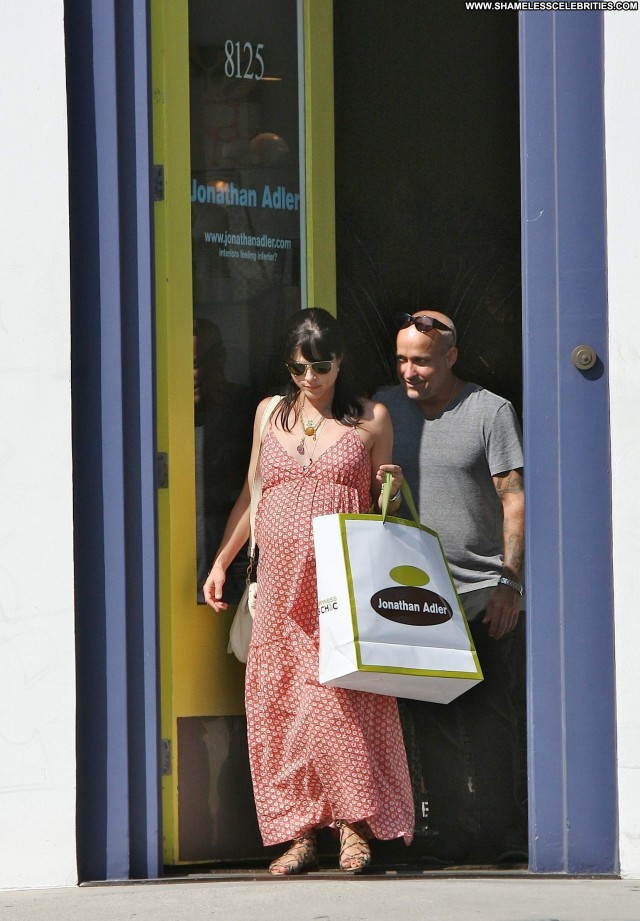 Selma Blair Los Angeles Los Angeles High Resolution Shopping Posing