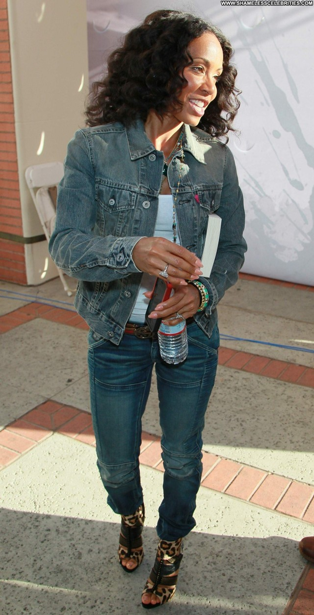 Jada Pinkett Smith Los Angeles Posing Hot Los Angeles Celebrity