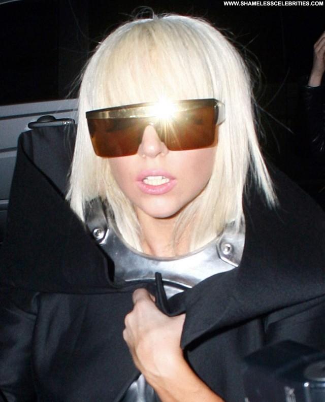 Lady Gaga Celebrity  High Resolution Celebrity Babe Beautiful Posing