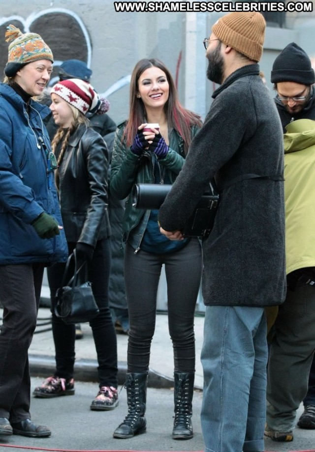Victoria Justice Eye Candy Beautiful Babe High Resolution Nyc