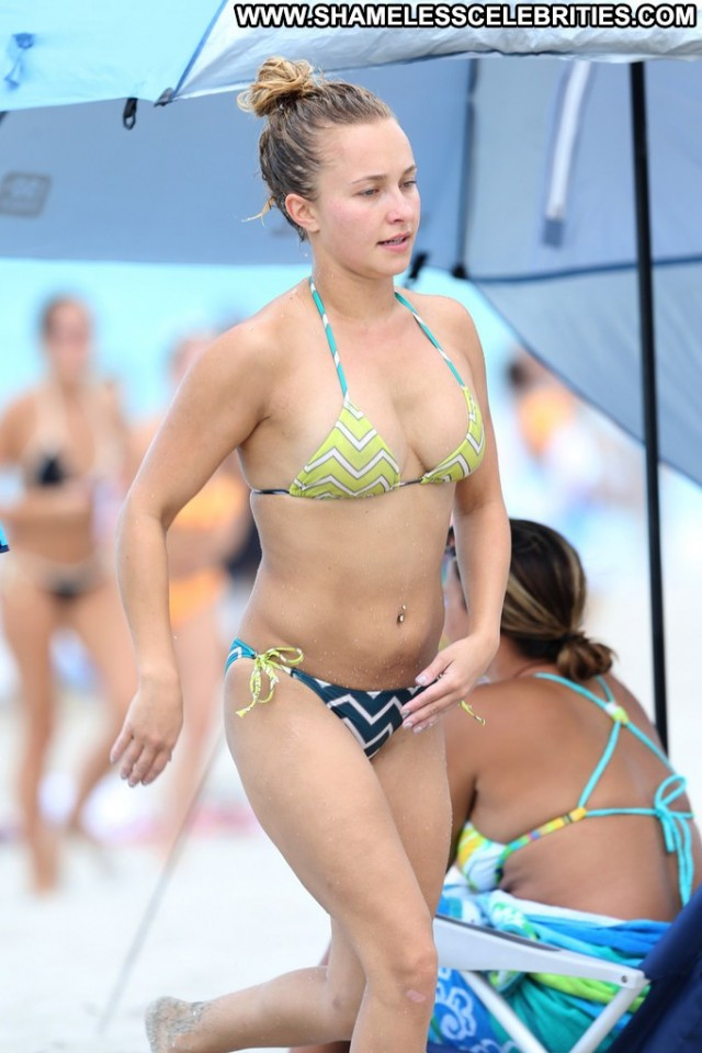 Hayden Panettiere Miami Beach Bikini Beach Celebrity Beautiful Babe