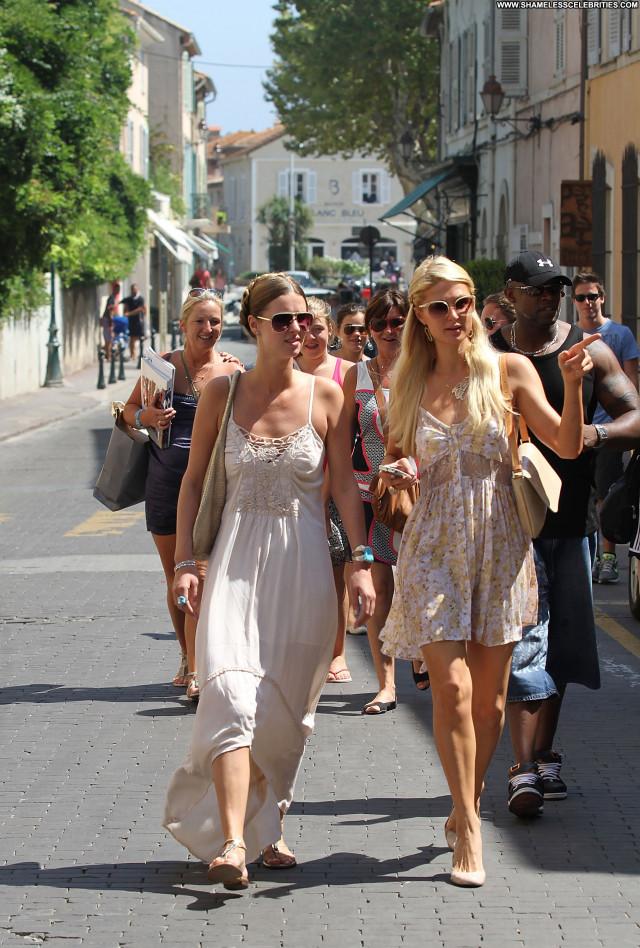 Nicky Hilton No Source High Resolution Babe Beach Posing Hot