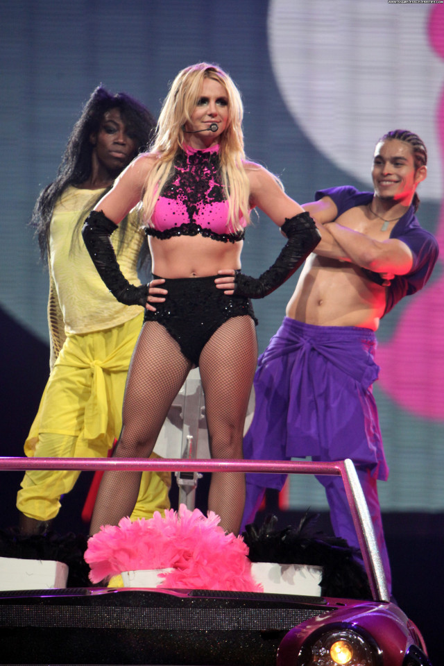 Britney Spears Femme Fatale Celebrity Posing Hot High Resolution Babe