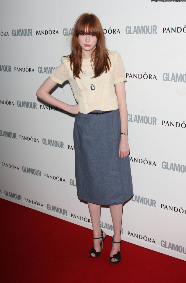 Karen Gillan Glamour Women  Celebrity Beautiful Posing Hot Awards