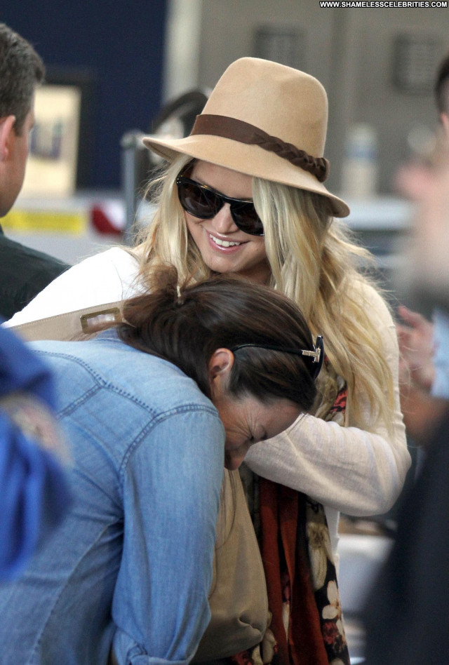 Jessica Simpson Lax Airport High Resolution Celebrity Lax Airport