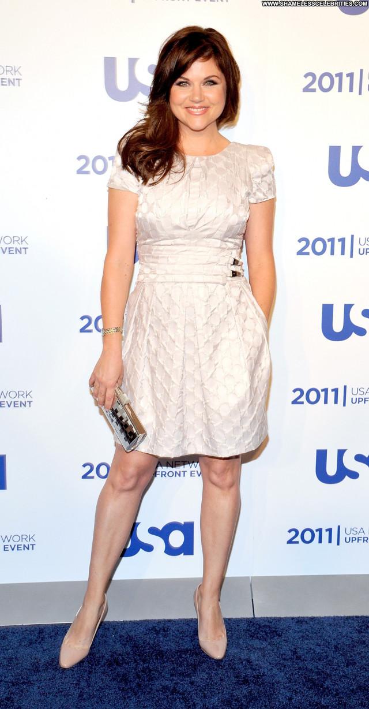 Tiffani Thiessen No Source High Resolution Beautiful Posing Hot Usa