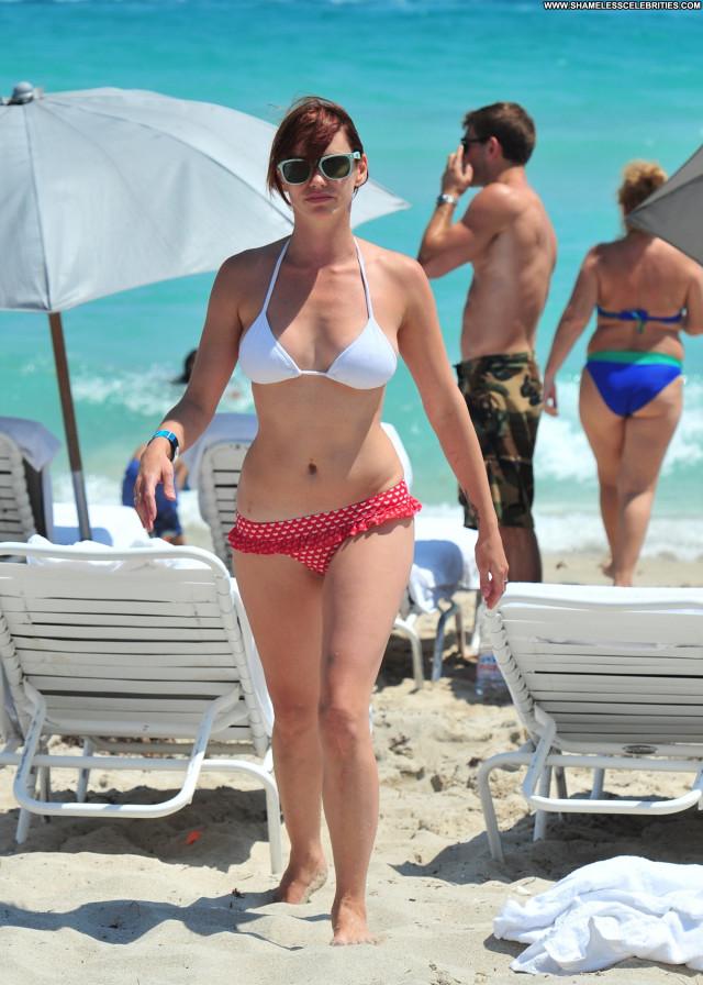 Jessica Sutta The Beach Posing Hot Bikini Beautiful Babe Celebrity