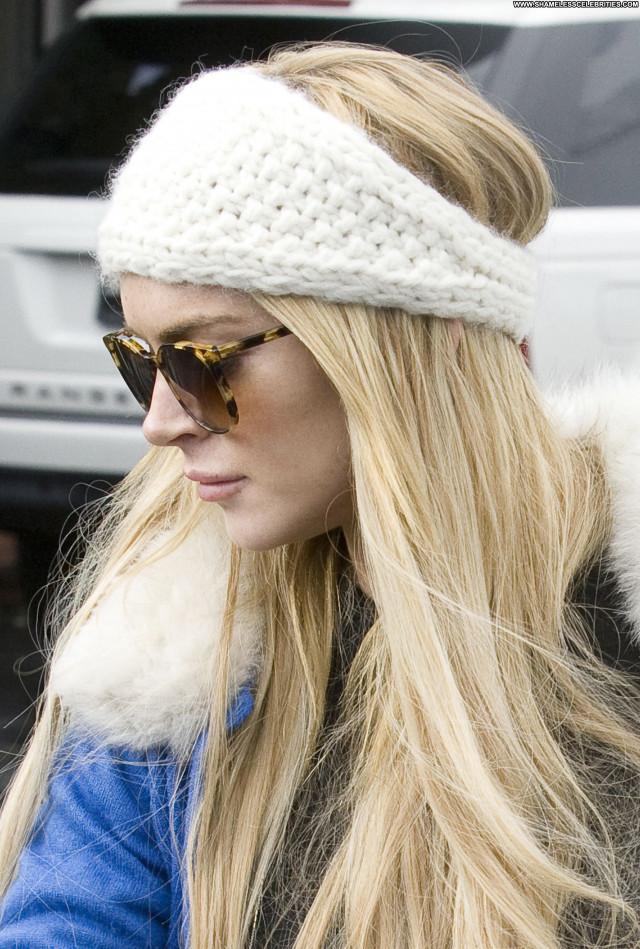 Lindsay Lohan Fashion Show Fashion Awards Shopping Celebrity