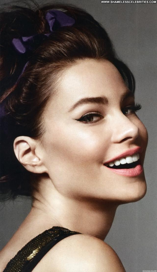Sofia Vergara Magazine Beautiful Babe Celebrity Magazine Posing Hot