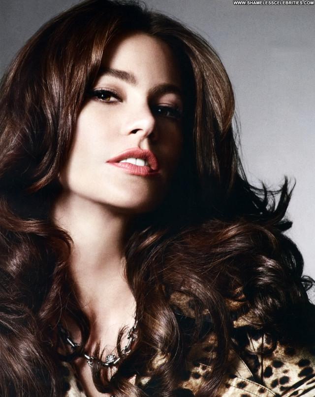 Sofia Vergara Magazine Babe Beautiful Magazine Celebrity Posing Hot