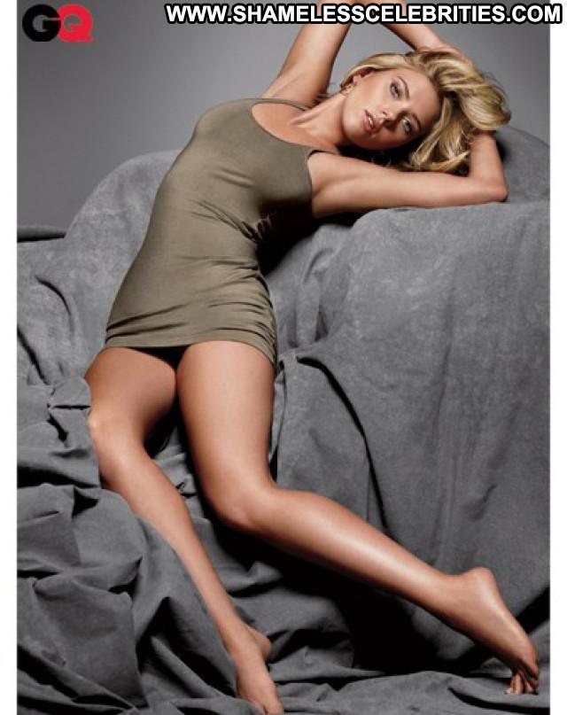 Scarlett Johansson No Source Posing Hot Celebrity Beautiful Usa