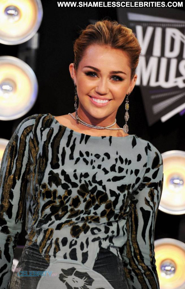 Miley Cyrus No Source Posing Hot Tattoo Awards Romantic Beautiful