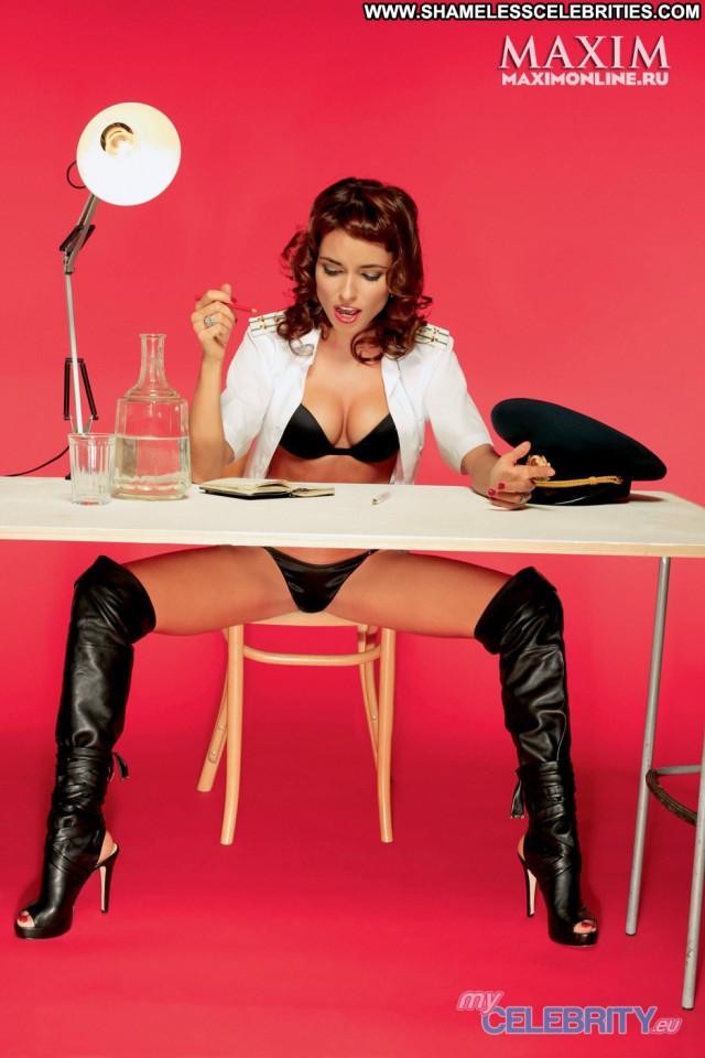 Irena Ponaroshku No Source Beautiful Russia Posing Hot Babe Celebrity
