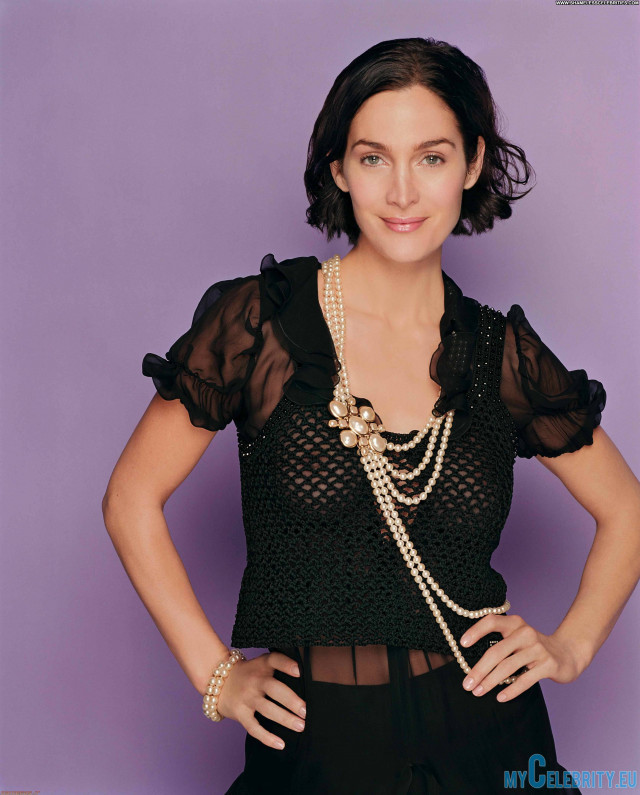 Carrie Anne Moss No Source Nipples See Through Beautiful Posing Hot