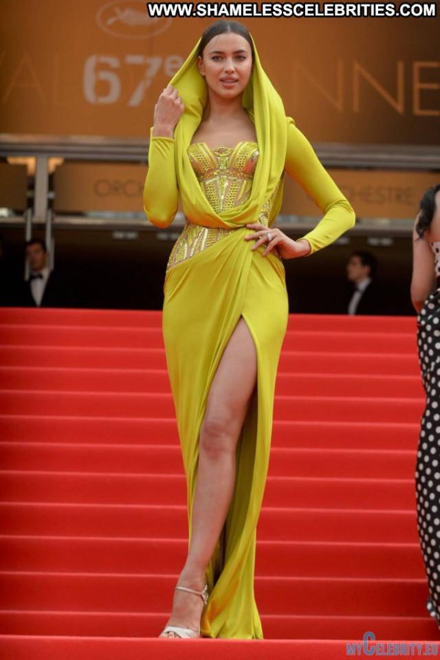 Irina Shayk Red Carpet Movie Posing Hot Russia Celebrity Beautiful