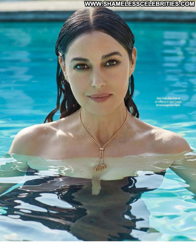 Monica Bellucci Paris Match Babe Topless Magazine Paris Posing Hot