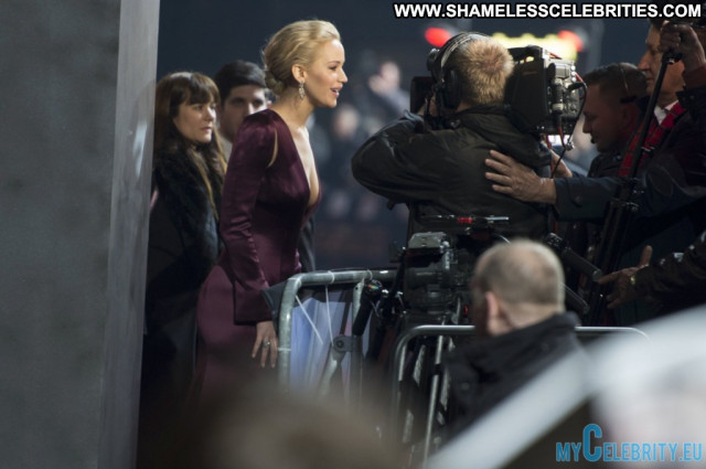 Jennifer Lawrence No Source Celebrity Beautiful Posing Hot Babe