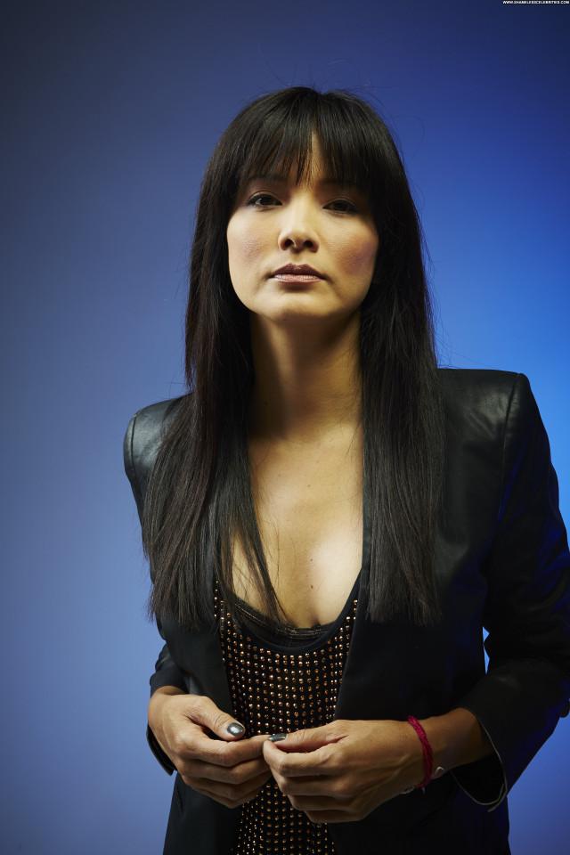 Kelly Hu No Source Celebrity Beautiful Babe Posing Hot