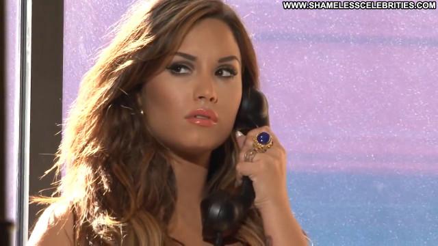 Demi Lovato Magazine Babe Magazine Celebrity Posing Hot Latina