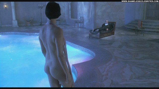 Catherine Bell Death Becomes Her Celebrity Beautiful Babe Posing Hot
